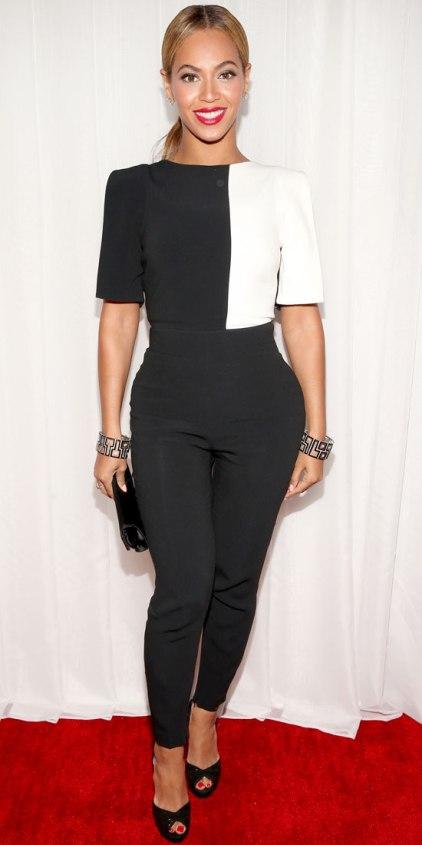 021013-Beyonce-350