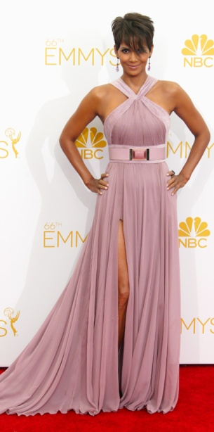 082514-EMMYS-halle-berry-428