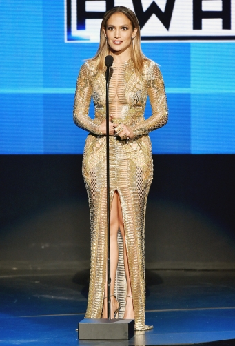 Sparkling in Julien Macdonald (stunning)