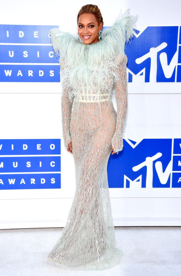 NEW YORK, NY - AUGUST 28: Singer-songwriter Beyonce attends the 2016 MTV Video Music Awards at Madison Square Garden on August 28, 2016 in New York City. (Photo by Dimitrios Kambouris/WireImage)